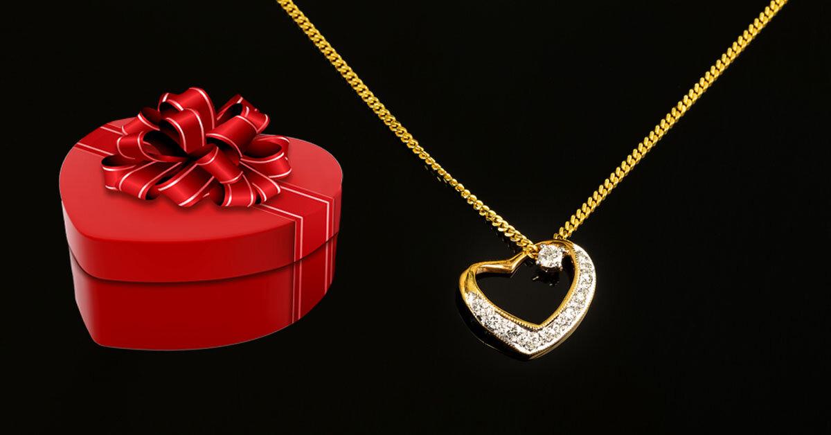 Valentine 2019 trùng với ngày Vía Thần Tài: nàng sẽ ngất ngây nếu nhận được những món quà này!