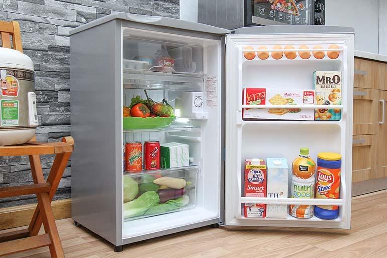 Tủ lạnh mini Aqua AQR-95AR