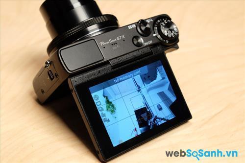 Màn hình có thể lật 180 độ để hỗ trợ chụp ảnh selfie