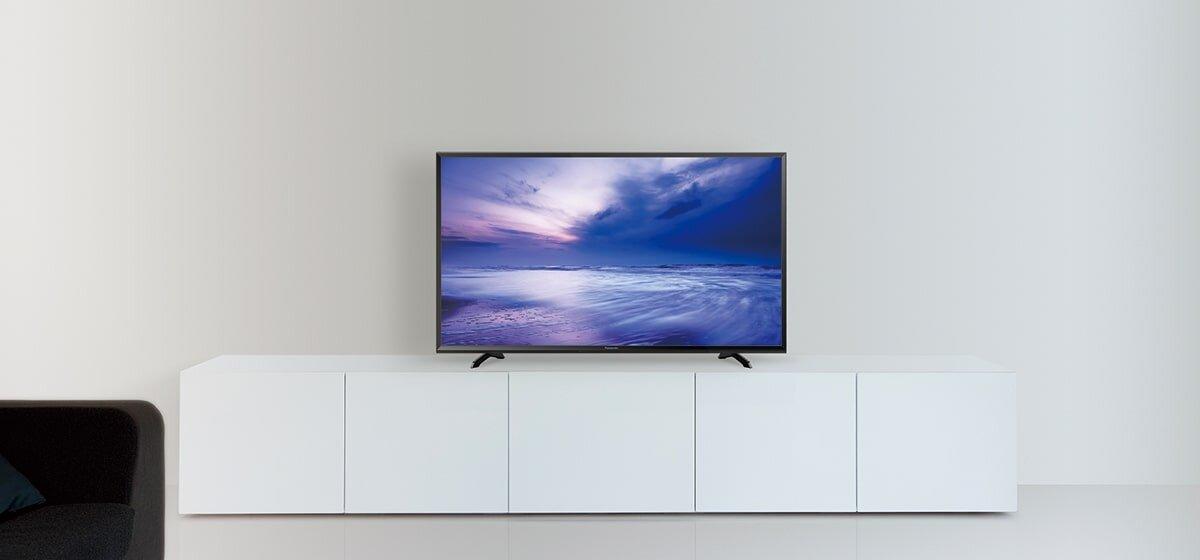 Tivi LED HD Panasonic 32 inch có thiết kế đẹp mắt phù hợp cho mọi không gian