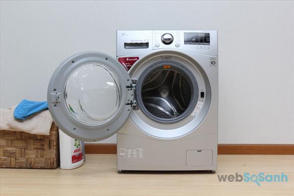 Máy giặt LG F1409NPRL 9kg giá bao nhiêu tiền