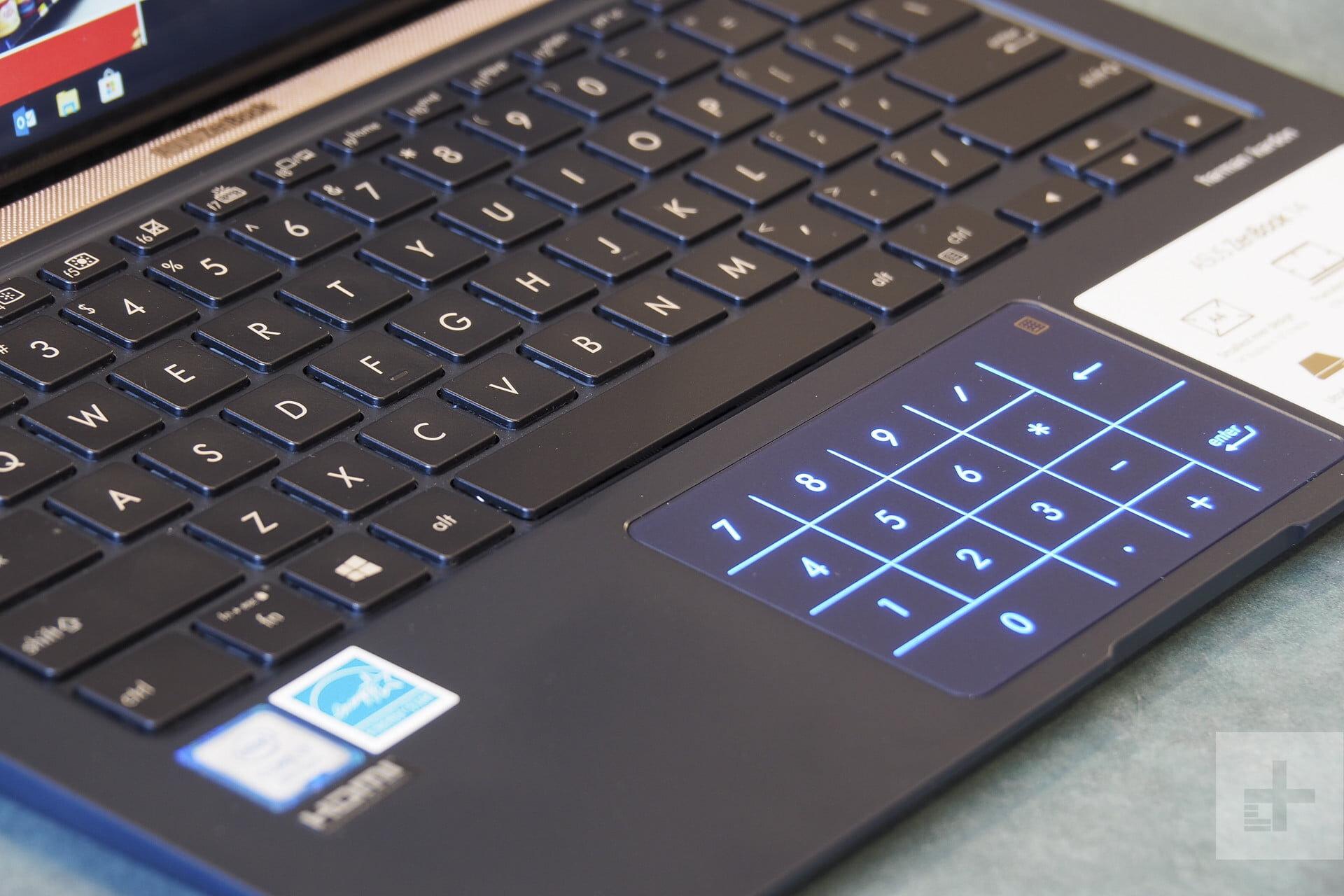 Laptop có đèn bàn phím Asus ZenBook UX433FN trang bị đèn trên Touchpad