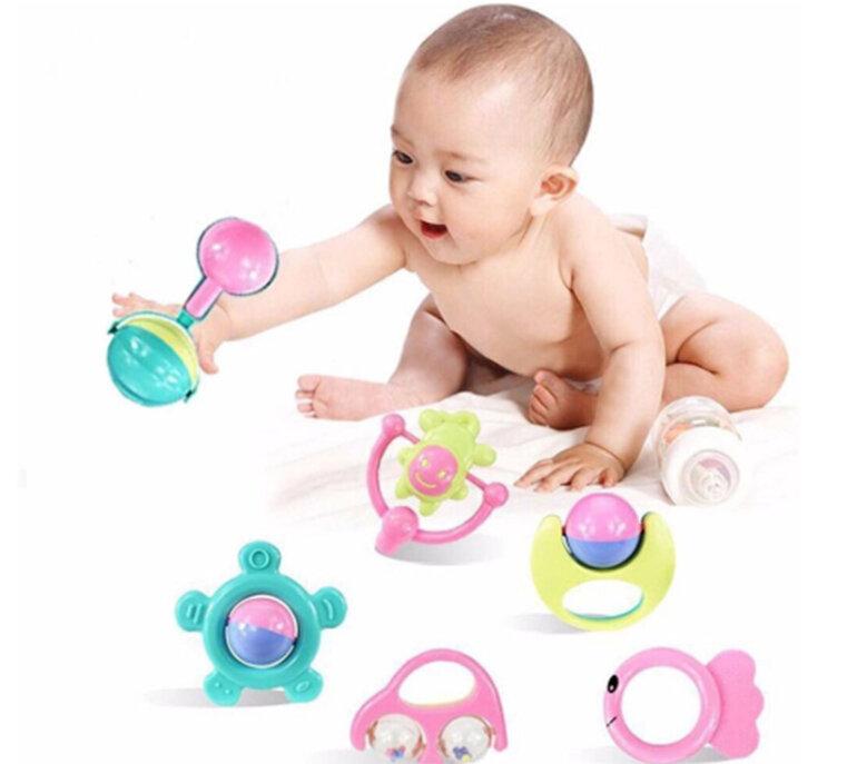 Đồ chơi xúc xắc cho trẻ sơ sinh