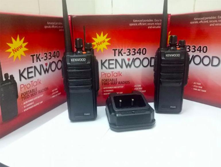 Máy bộ đàm Kenwood TK 3340 là một trong những dòng sản phẩm có chất lượng tuyệt vời nhờ vào tính năng chống trộm đạt tiêu chuận cả về quân sự