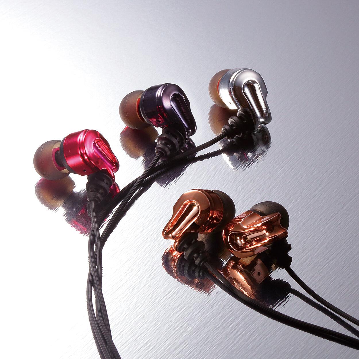 Tai nghe Elecom EHP-CB100ABK là sản phẩm có thiết kế gọn nhẹ