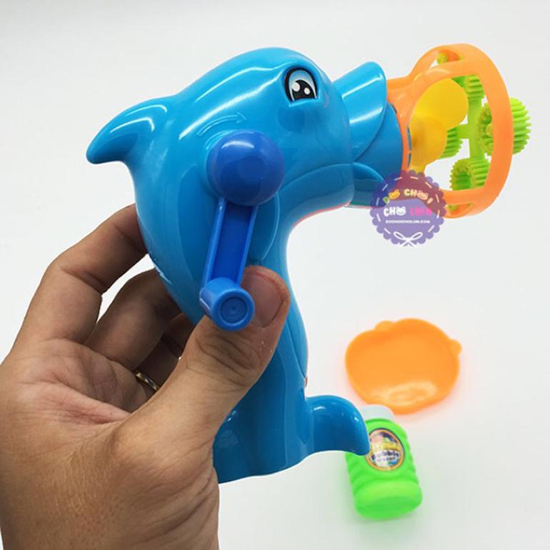 Súng thổi bong bóng xà phòng quay tay cá heo
