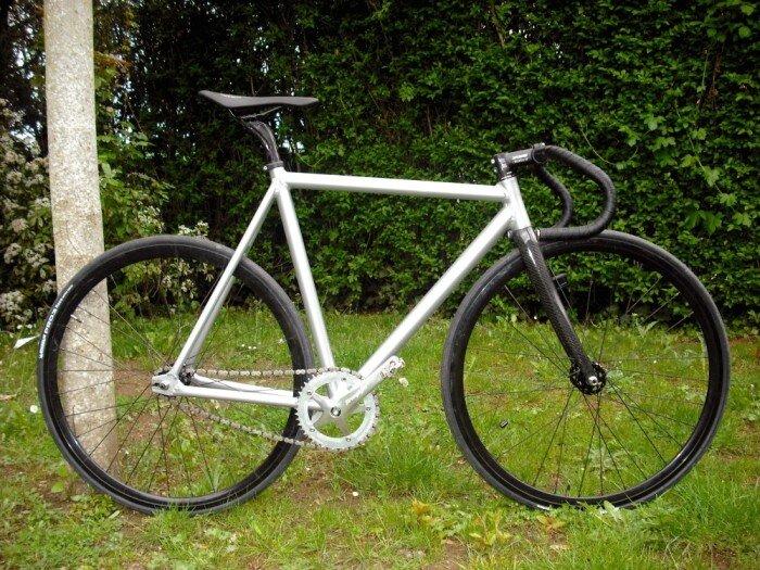 Xe đạp fixed gear nên chọn loại khung nào?