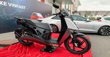 Xe máy điện Vinfast V9 năm 2019 giá bao nhiêu tiền? Khác gì so với Vinfast Klara?