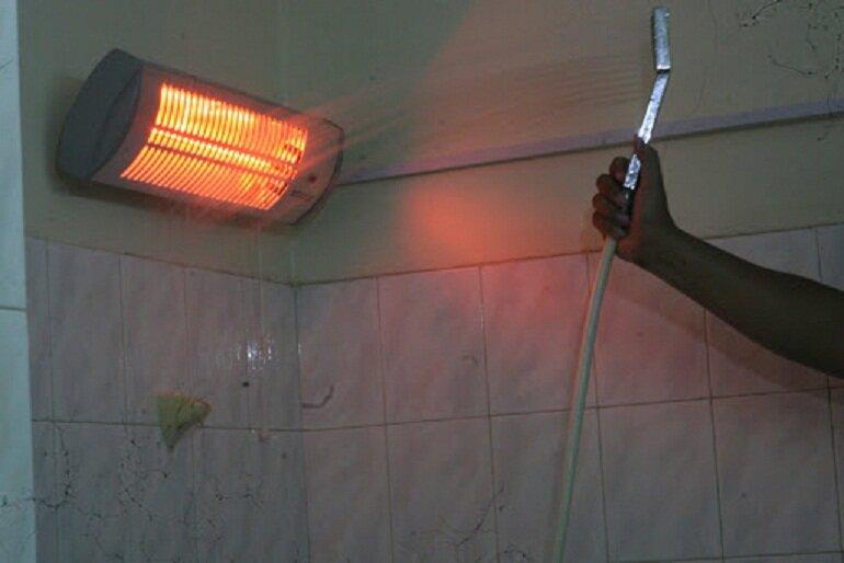 Vị trí lắp đặt đèn sưởi nhà tắm