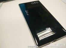 Xiaomi hé lộ ảnh chụp hai mẫu smartphone mới