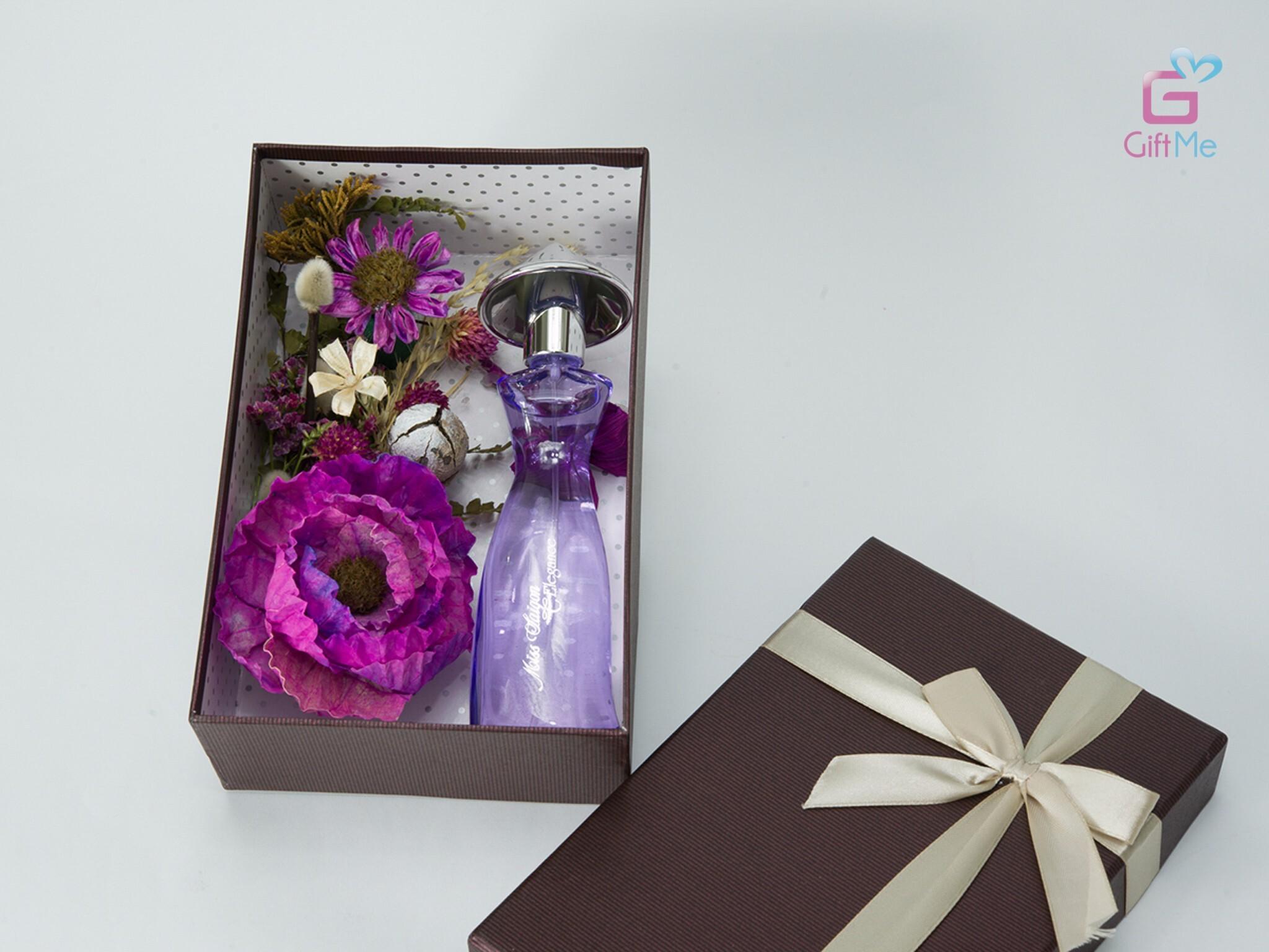 Hương thơm của Miss Sài Gòn là hương hoa nồng nàn, ấm áp và dịu dàng