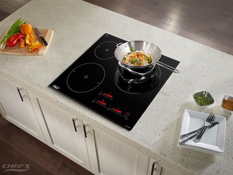 Bếp từ Chefs sở hữu thiết kế hiện đại, ấn tượng