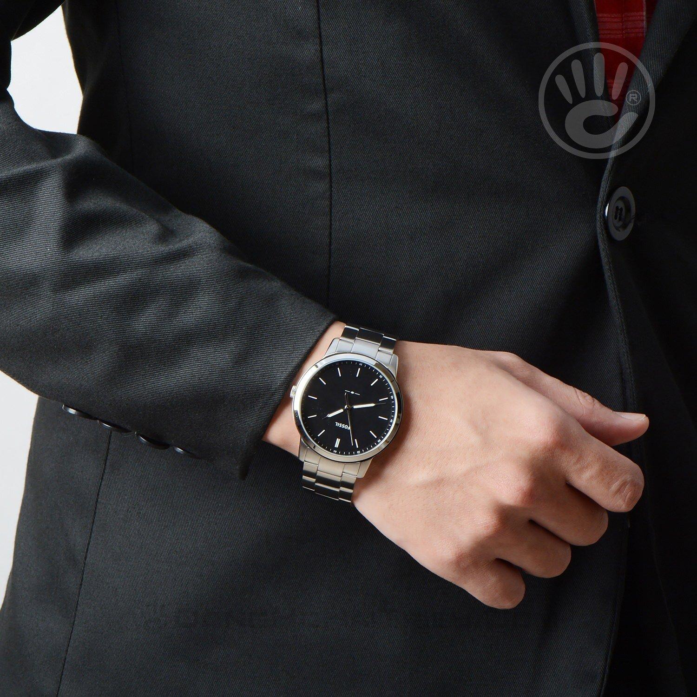 Đồng hồ nam Fossil FS5307 dây kim loại tôn lên vẻ sang trọng, rất đàn ông