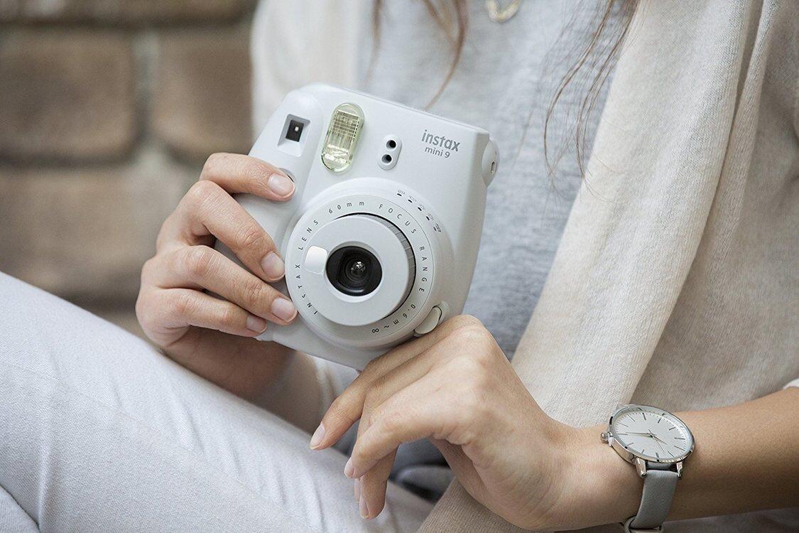 Hướng dẫn sử dụng máy ảnh chụp lấy ngay bằng vòng chỉnh sáng