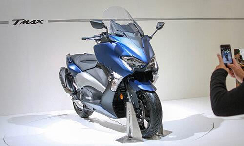 Yamaha TMAX 2017- dòng xe tay ga 530 phân khối được trang bị túi khí của Yamaha