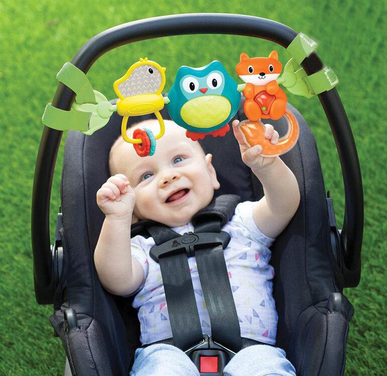 Đồ chơi phổ biến dành cho các bé sơ sinh