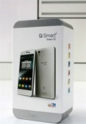 Mở hộp Q-Smart Dream SI: Smartphone lõi tứ 1.5Ghz, màn hình Full HD, camera 13MP