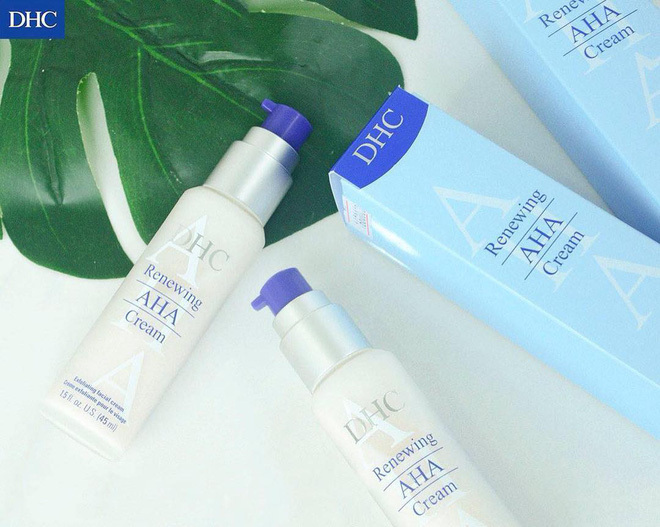 Kem dưỡng ẩm cho da khô DHC Renewing AHA Cream