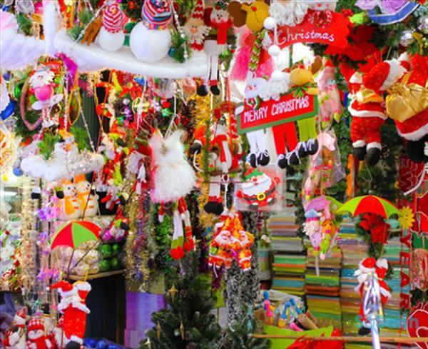 Phố Hàng Mã dịp Giáng sinh Noel địa điểm chụp ảnh