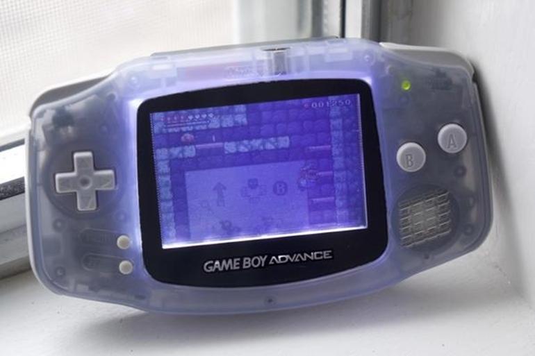 máy chơi game cầm tay giá rẻ