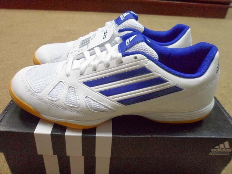 Giày bóng bàn Adidas