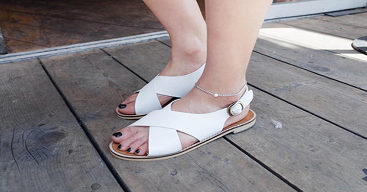 sandal to bản