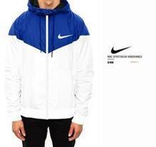 Áo gió Nike AS WindRunner 544120