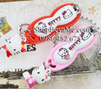 Bấm móng tay Hello Kitty