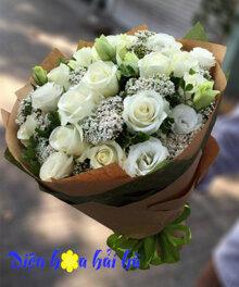 Bó hoa hồng trắng