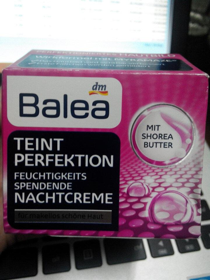 Bộ kem dưỡng da Balea (Ngày Đêm) dòng Teint Perfektion