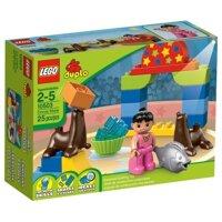 Bộ xếp hình Buổi trình diễn xiếc Circus Show V29 Lego Duplo 10503
