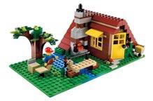 Bộ xếp hình Ngôi nhà gỗ Lego Creator 5766
