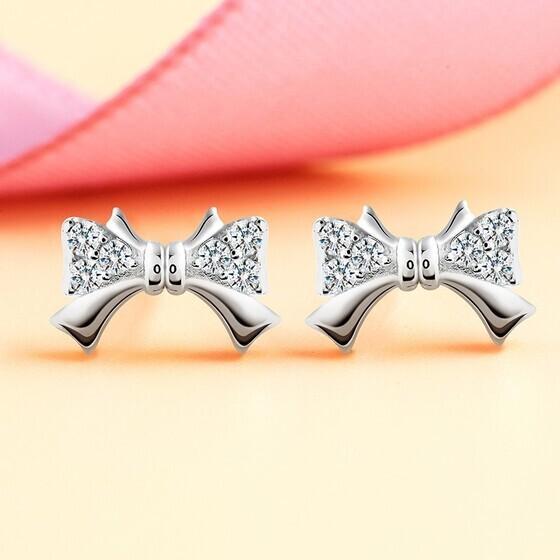 Bông tai bạc Tiara Bow
