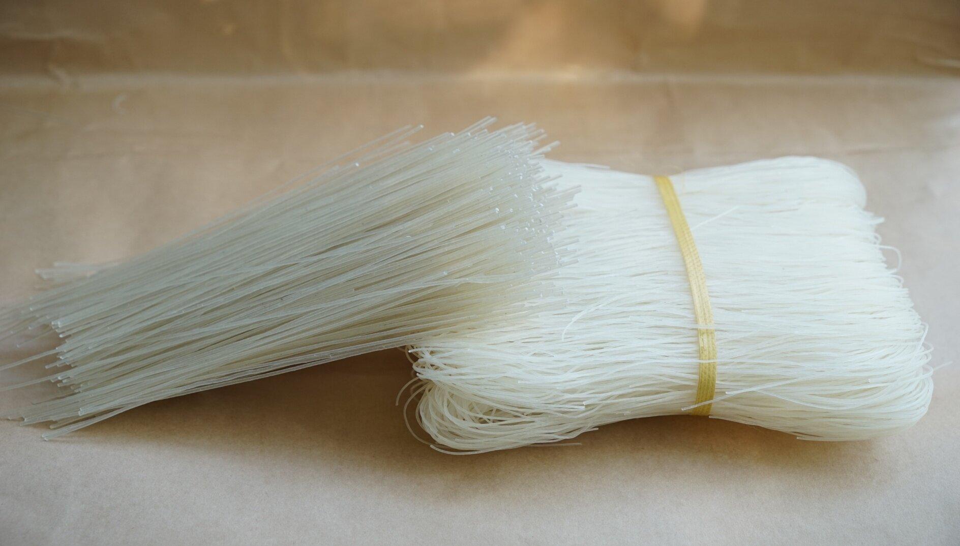 Bún gạo trắng