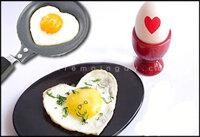 Chảo chiên trứng hình trái tim