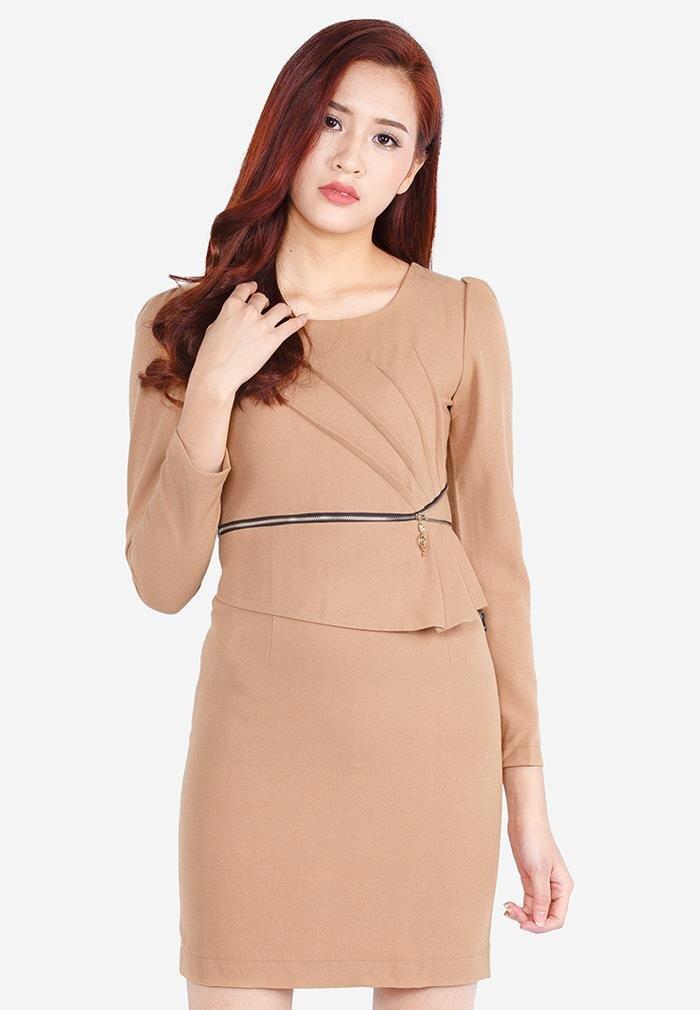 Đầm ôm tay dài phối khóa eo The One Fashion DDC03NA