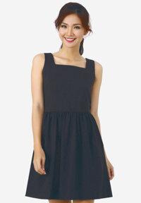 Đầm xòe La Belle màu đen phối cổ chữ U D206