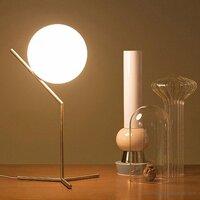 Đèn để bàn DB571