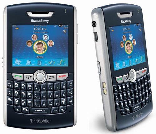 Điện thoại BlackBerry 8820