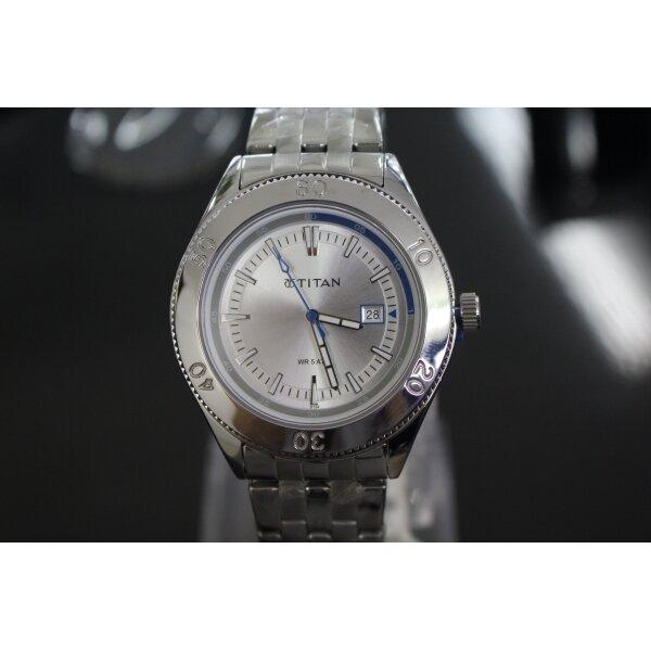 Đồng hồ nam dây kim loại Titan 9324SM02