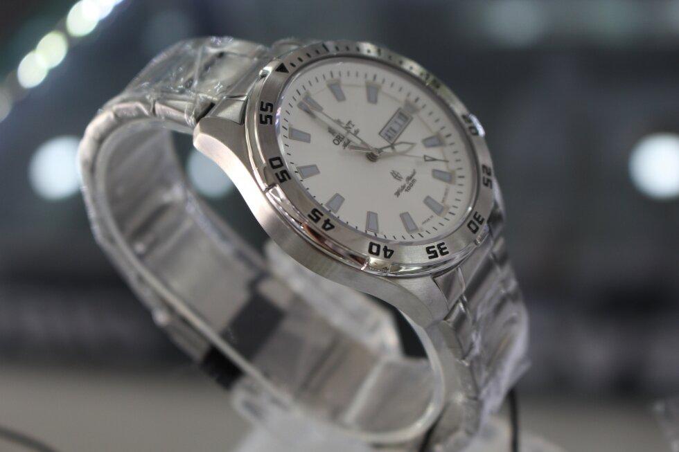 Đồng hồ nam dây thép không gỉ Orient SEM7C00AWC