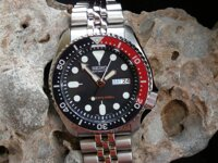 Đồng hồ nam Seiko SKX009K2