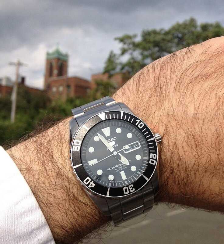 Đồng hồ Seiko SNZF17J1