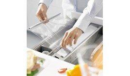 Dụng cụ cắt màng nhôm đậy thức ăn Blum 554.93.001