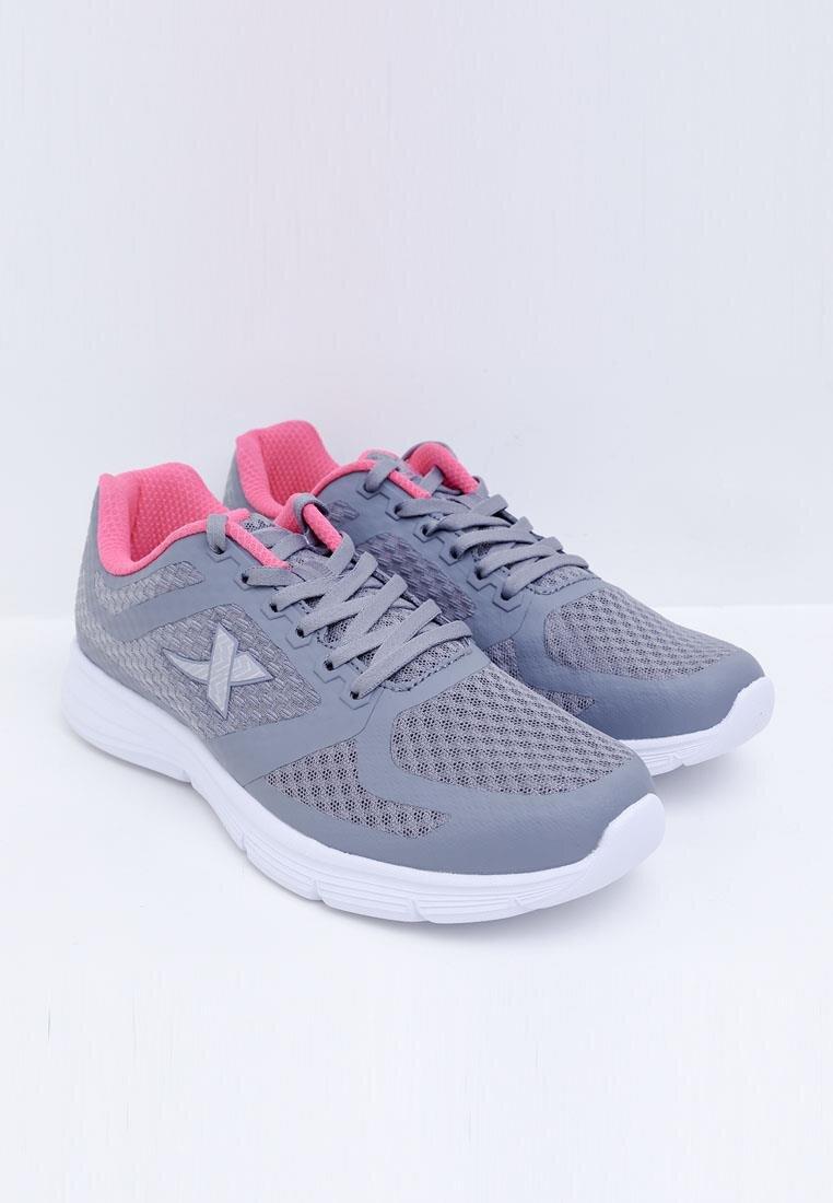 Giày chạy nữ Xtep 983218116317-1
