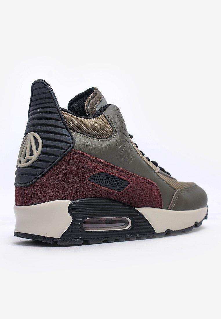 Giày Sneakers Paperplanes cổ cao PP1339KK