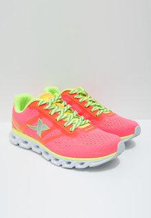 Giày thể thao nữ Xtep hồng phối xanh neon 984218116068-4