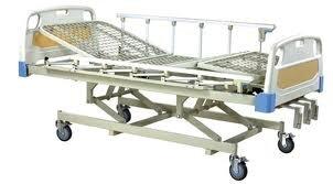 Giường y tế 3 tay quay FS3031W