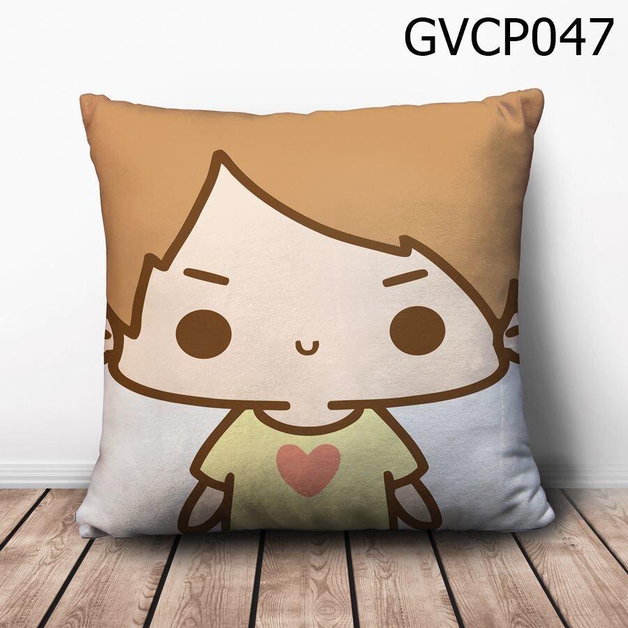 Gối vuông Cậu bé áo vàng - GVCP047