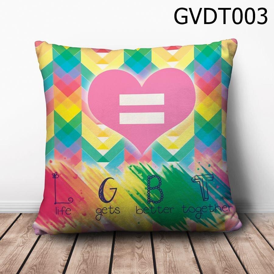 Gối vuông Life gets better together - GVDT003